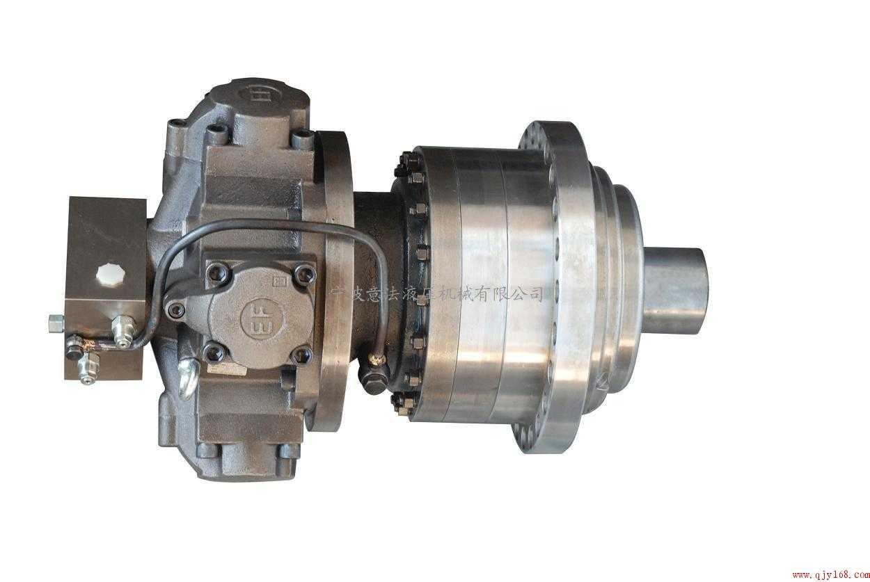 带制动器的液压传动和回转装置图片