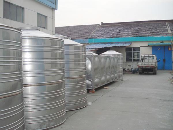 圆柱形水箱1吨容积 直径800*1560