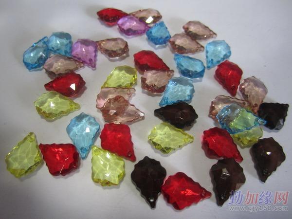 鞋扣鞋花:透明亚克力珠(仿水晶),玻璃仿珍珠,亚光珠,植绒珠,喷漆珠,ps