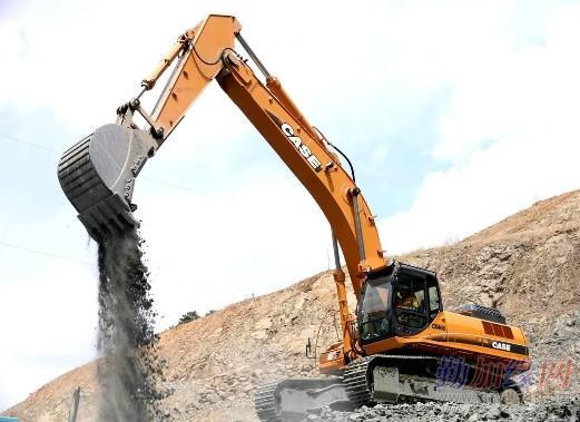 凯斯挖掘机 推土机 压路机维修图片