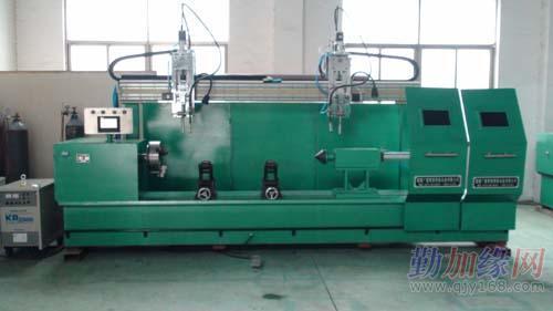 专业生产油缸圆油口焊接专机