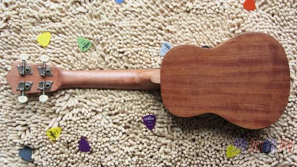 供应21寸ukulele 尤克里里