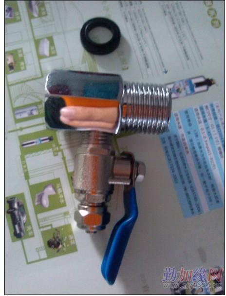 增压泵,变压器,膜壳,滤瓶,铁挂板,pe管线,   鹅颈龙头,三通球阀图片
