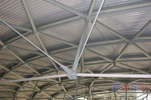轻钢结构网架工程