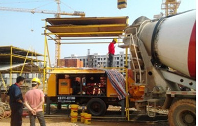 """平鲁煤矿-拖式混凝土输送泵-""""增速加力""""-没有堵管"""