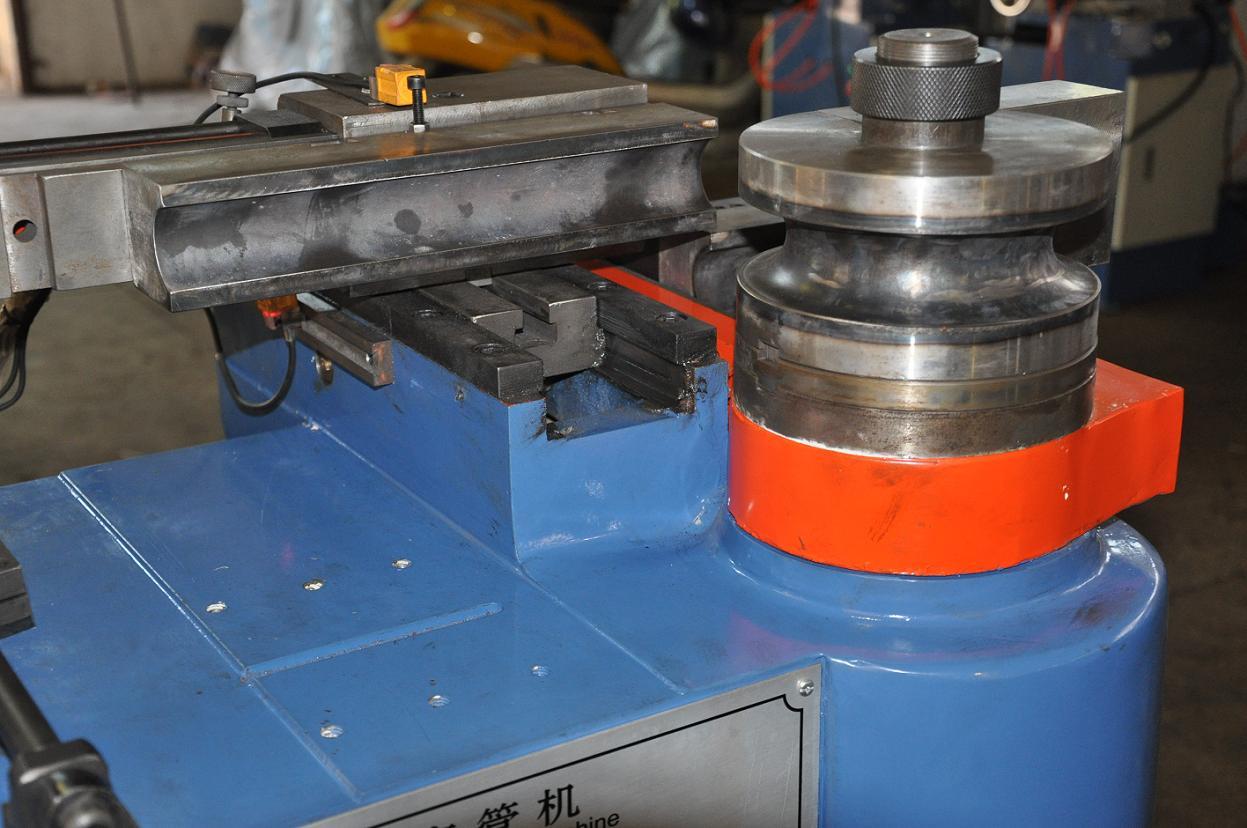 供应液压弯管机dw38nc