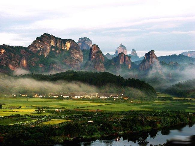春节广东旅游景点线路,韶关丹霞