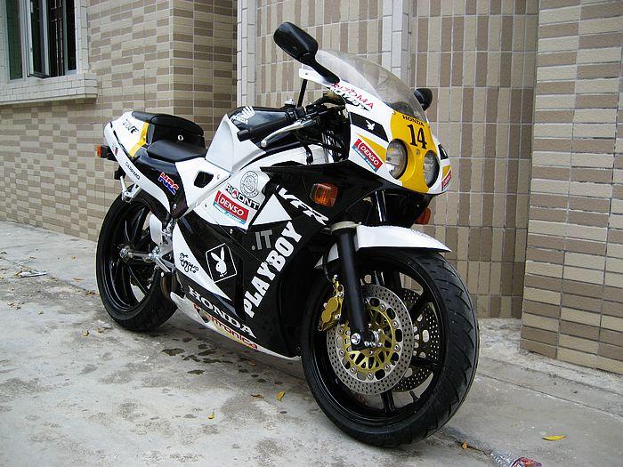 供应本田vfr400r两轮摩托车/两轮跑车