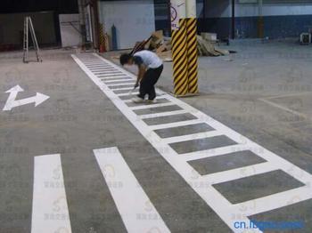 云南\/昆明\/大理道路热熔标线施工
