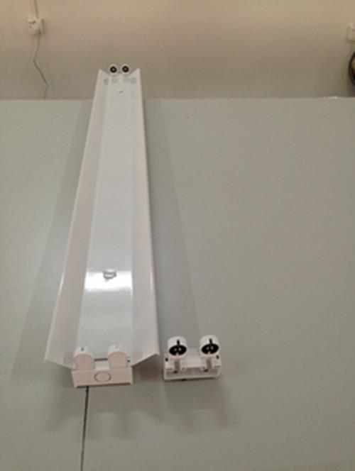 t8led灯管安装支架,t8led日光灯支架,led支架价格