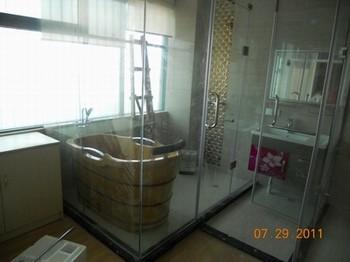 华丽雅淋浴房厂家直销  多功能淋浴房豪华淋浴房厂家报价