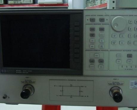 HP8719C_8G网络分析仪,谢谢使用。