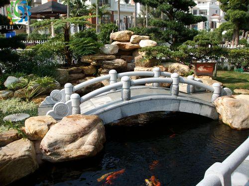 别墅庭院鱼池设计|金碧林鱼池设计品牌图片