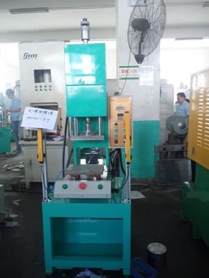xtm-103c小型单柱液压机图片