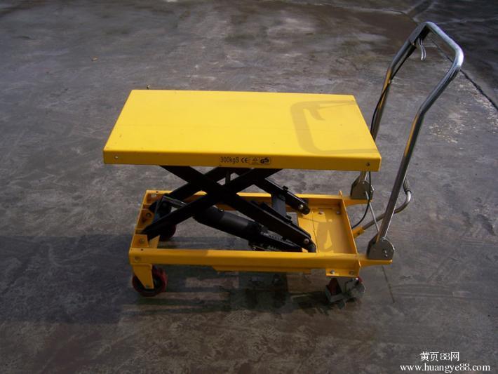 供应小型升降机,绵阳手推式平台车图片
