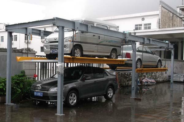 简易升降家用式四立柱立体停车库 广东立体车库厂家图片