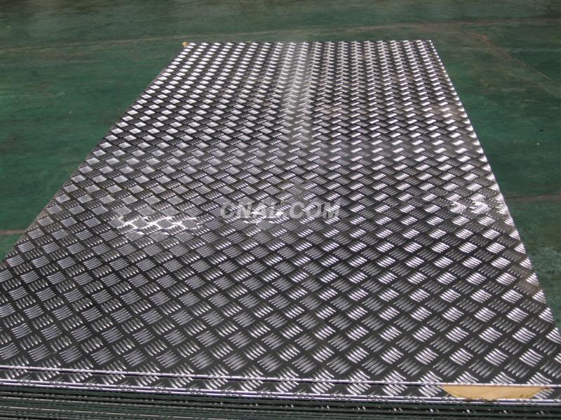 直销铝合金花纹板,国标小五条筋花纹铝板,3003花纹铝板