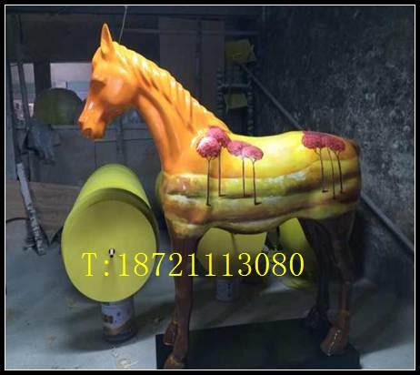 马雕塑彩绘花纹马订做玻璃钢动物雕塑