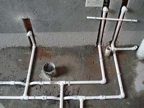 苏州上下水管安装)—水管维修(三角阀断裂=换水龙头)安装软管图片