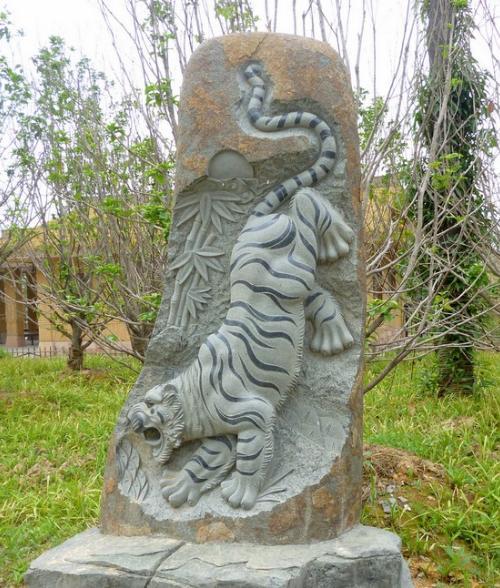 雕刻石材厂专业雕刻石雕人物,石雕园林,伟人雕刻,石雕动物
