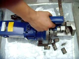 厂家供应手提式钢筋切断机,液压剪