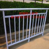 卫辉市热镀锌阳台护栏 铁艺阳台护栏 阳台护栏加工