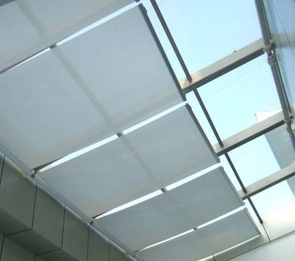 效果图    佳力斯电动天棚帘     使用别墅阳光房遮阳帘主要目的是