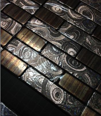 铝塑板马赛克有着表面金属质感强烈
