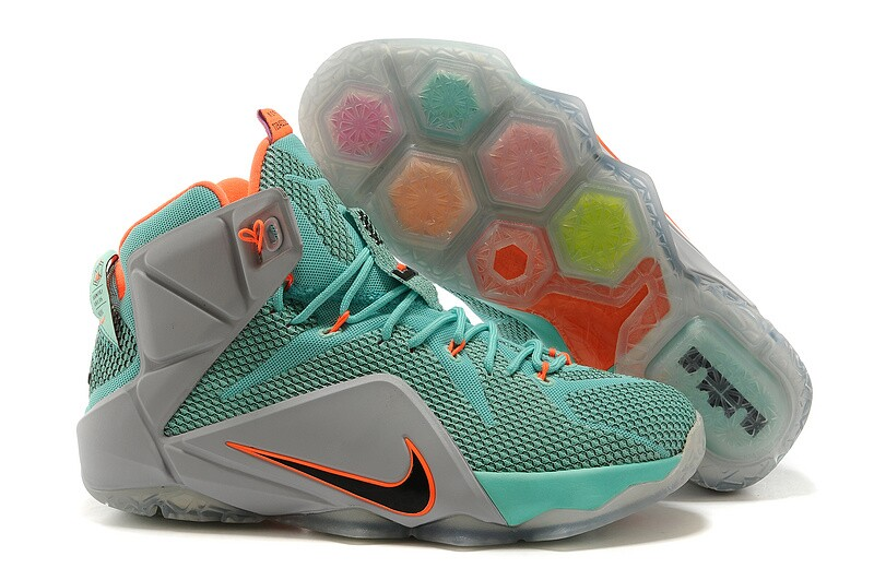 Nike New Tennis Shoes