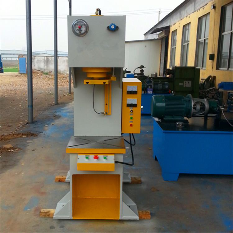 315吨单臂液压机 优质单臂液压机图片