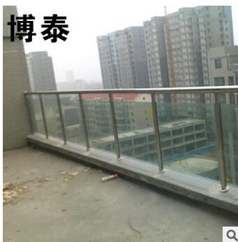材质 不锈钢 类别 防护栏 适用范围 企事业单位学校图片