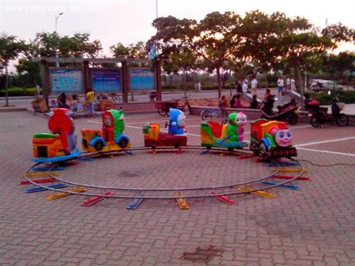 小火车游乐设备图片_火车_儿童游乐园