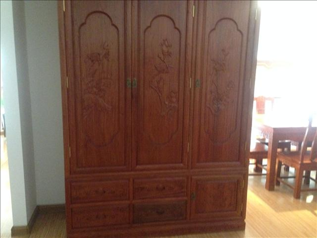 红木家具图片 东阳木雕 3门花鸟衣柜