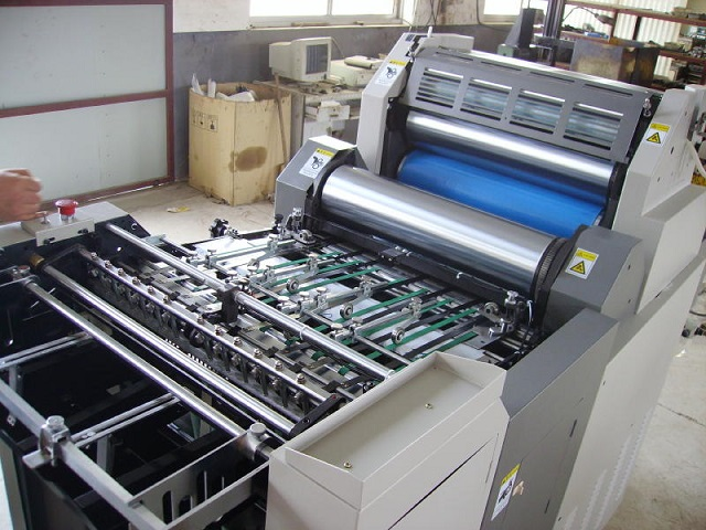 印刷机_澳门进口二手印刷机设备进口收费标准