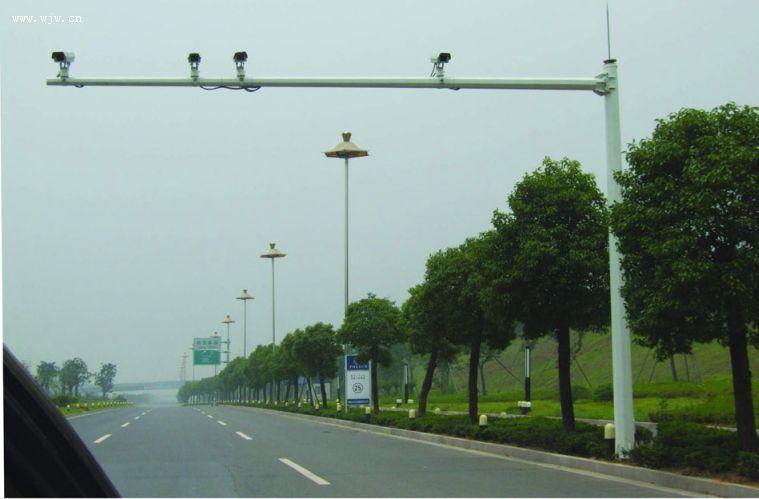 购监控立杆 交通信号杆到济南生产厂家