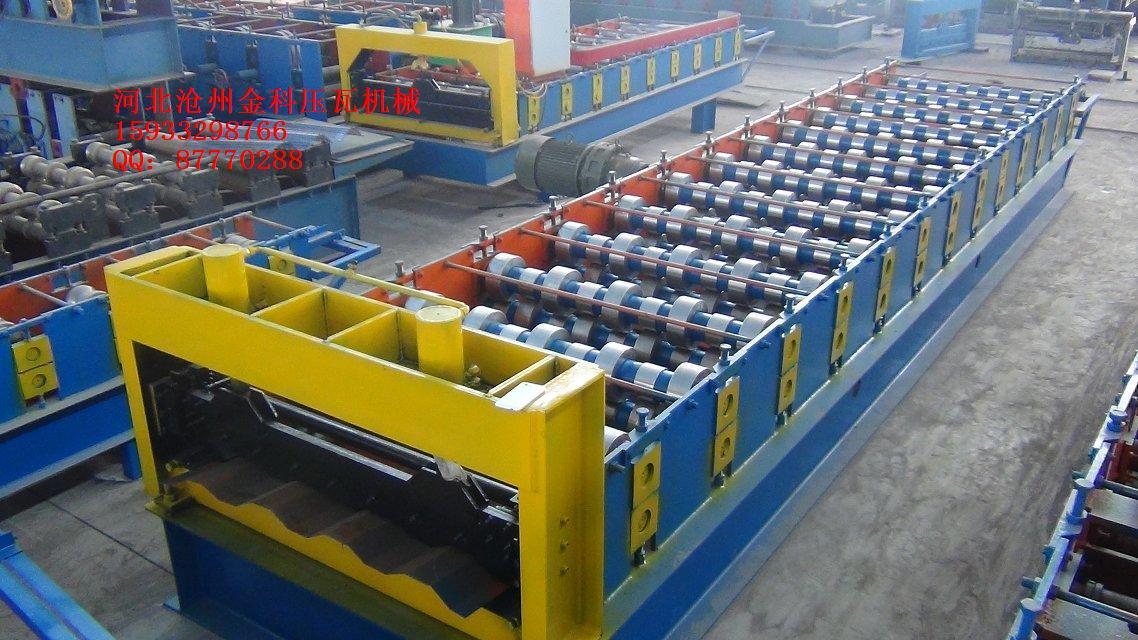 集装箱底板机压瓦机