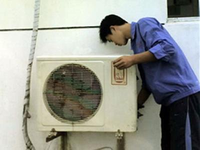 汉阳区四台工业园空调维修-空调不制冷-空调漏水-空调加氟