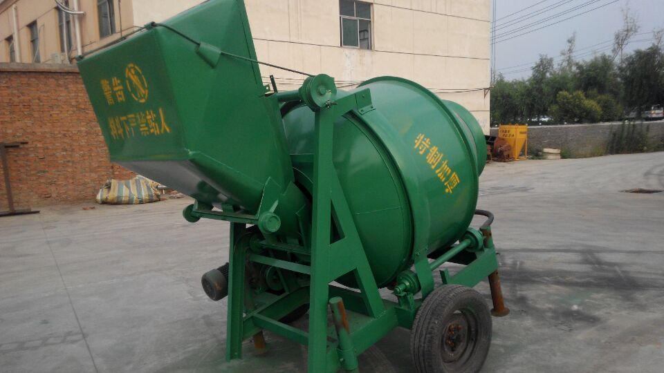 河南洛阳搅拌机 欢迎大家 我公司还生产如下产品:卷扬机,混凝土布料