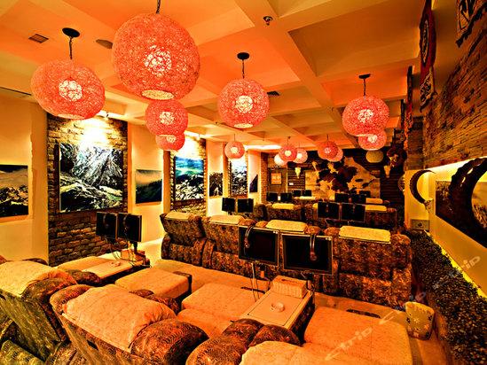广州市水疗馆沙发触摸智能电视设计安装