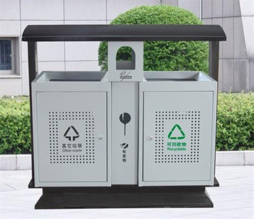 环保垃圾箱   广义的环保垃圾箱包括一切可以回收处理或对环境没有图片