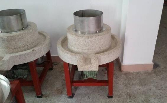 深圳龙岗区西江电动石磨豆腐机自动下料寿命长久结构先进