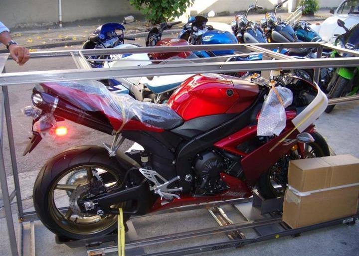 暴力摩托车跑车雅马哈yzf-r1 超级趴赛跑车