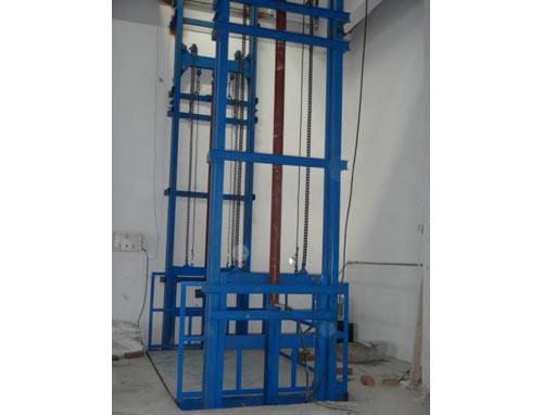 汝州货梯厂家/液压升降平台15666680390图片