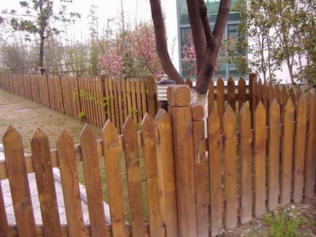 重庆栏杆实木栏杆防腐木吊带栏杆定做栏杆安装不锈钢栏杆保温杯图片
