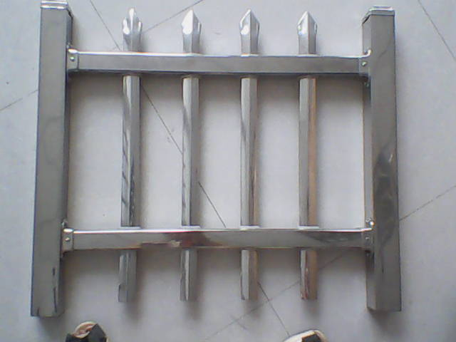 白钢护栏_旧白钢回收价格