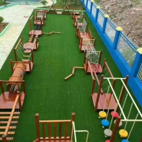 幼儿园草坪厂家直销悬浮地板运动地垫幼儿园橡胶地垫安全地垫