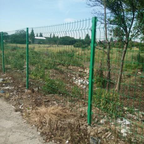 现货批发三道折弯护栏网绿色双边丝护栏网安装花园护栏网