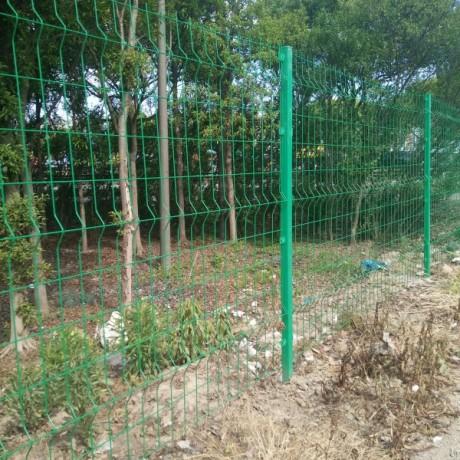 上海三道折弯小区护栏网双边丝临时护栏网安装