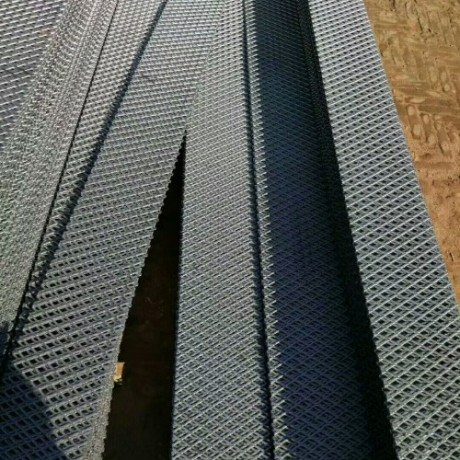 重型钢板网镀锌防护网脚踏网 菱形钢板网不锈钢304材质