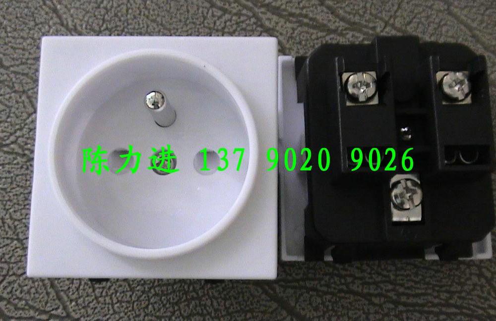 法式插座RF-02